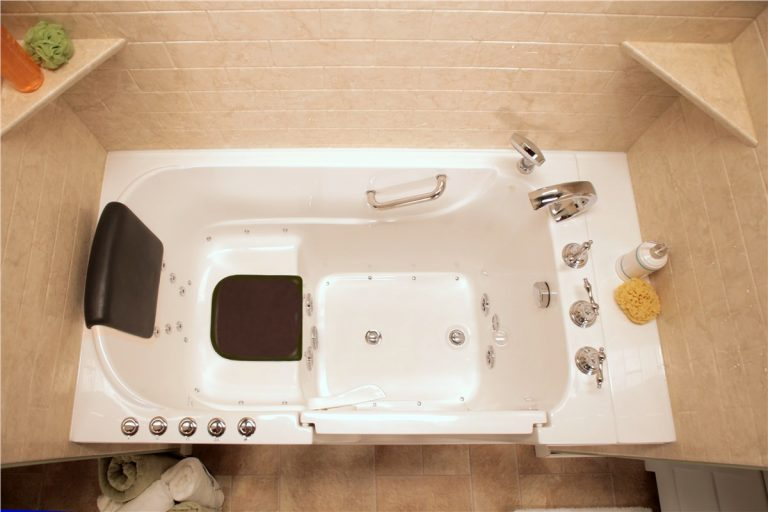Best Hot Tubs for One Person