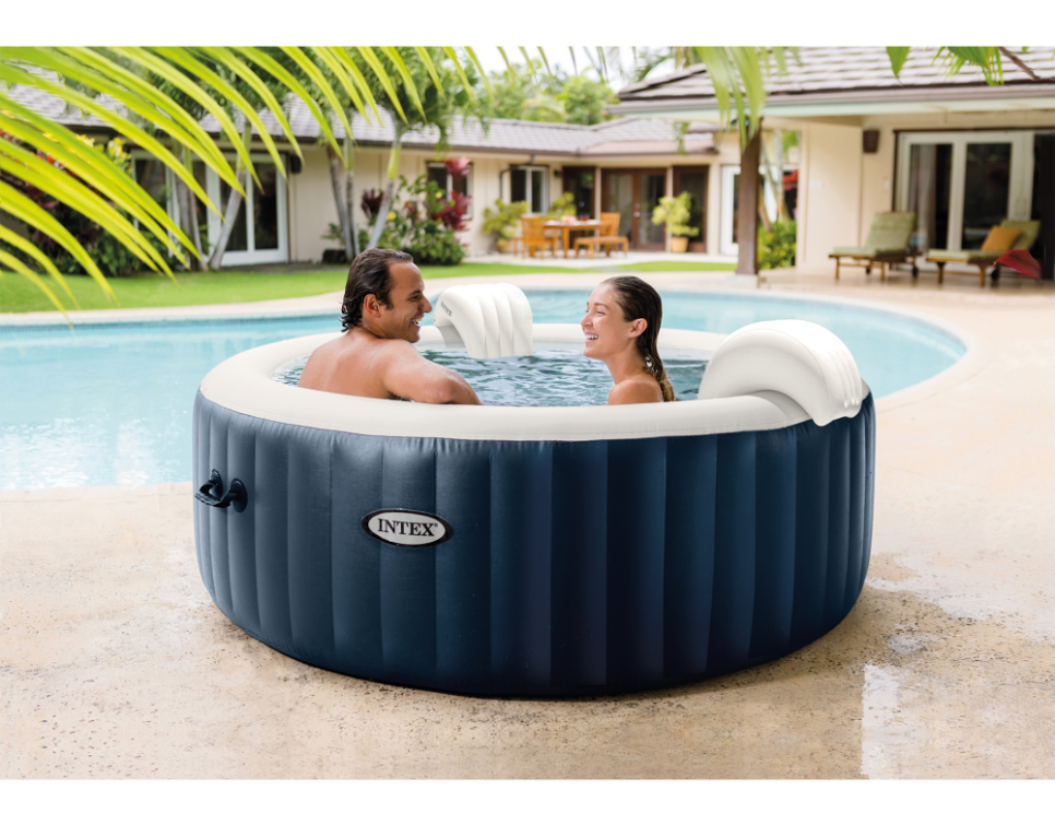 Top 4 Cheapest Inflatable Hot Tubs + Selection Guide