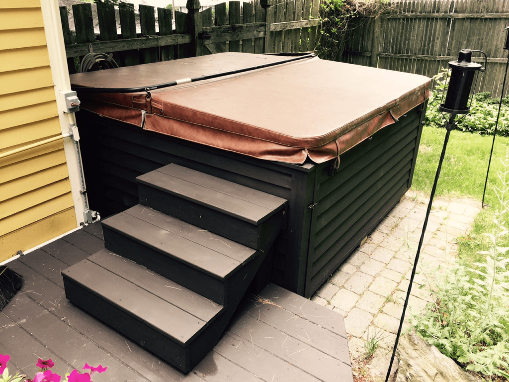 stairs for hot tubs
