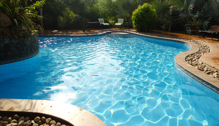 How to use a Salt Water Pool Chlorinator