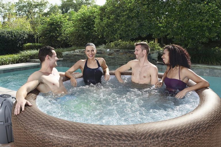 5 Things You Need To Know Before You Buy Your Inflatable Hot Tub