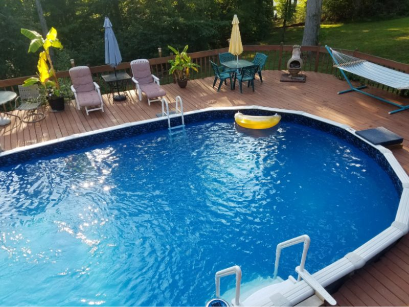How to Choose Above Ground Pool Equipment and Accessories
