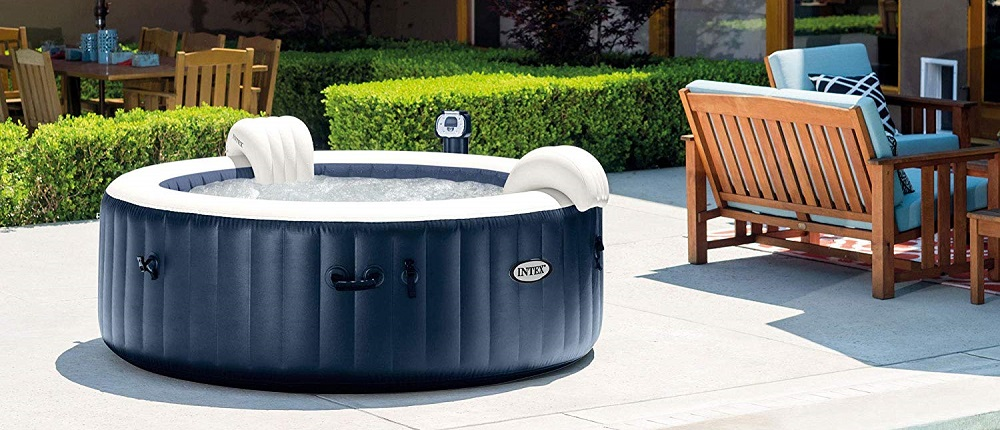 Top tips for keeping the water in your hot tub or pool fresh